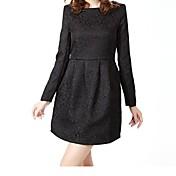 女子エンボスラウンドネックバドのドレス