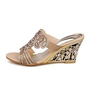 Femme Chaussures Polyuréthane Eté Confort Sandales Talon Compensé Bout ouvert Avec Pour Décontracté Or Vert