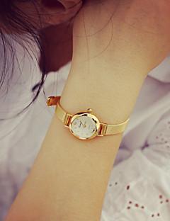 לנשים שעוני אופנה שעון צמיד קווארץ PU להקה וינטאג' זהב מוזהב