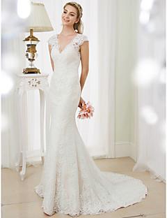 בתולת ים \ חצוצרה צווארון וי שובל קורט תחרה שמלת חתונה עם אפליקציות על ידי LAN TING BRIDE®