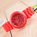 preiswerte Kleideruhr-Geneva Herrn Armbanduhr Armbanduhren für den Alltag / / Silikon Band Freizeit Schwarz / Weiß / Blau
