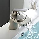 preiswerte LED Leuchtbänder-Moderne Mittellage Wasserfall Keramisches Ventil Einhand Ein Loch Gebürsteter Nickel, Waschbecken Wasserhahn