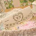 billige Bryllupsinvitationer-Tre Foldning Bryllupsinvitationer Invitationskort Klassisk Stil Hjerte Stil Eventyr Tema Perle-papir