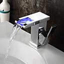 baratos Torneiras de Banheiro-Torneira pia do banheiro - Cascata / Separada / LED Bronze Polido a Óleo Conjunto Central Monocomando Dois Buracos