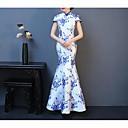 Недорогие Коктейльные платья-Русалка Вырез под горло В пол Стретч-сатин Платье с Вышивка от LAN TING Express