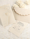 preiswerte Hochzeitsgeschenke-Dreifach gefaltet Hochzeits-Einladungen Anderen Einladungskarten Klassisch Material Perlenpapier Blume