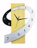 baratos Presentes de Casamento-Inovador Moderno/Contemporâneo Relógio de parede , Família Madeira 13*17