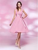 Χαμηλού Κόστους Φορέματα κοκτέιλ-Γραμμή Α / Πριγκίπισσα Λαιμόκοψη V Μέχρι το γόνατο Σιφόν Φόρεμα Παρανύμφων με Φιόγκος(οι) / Που καλύπτει / Ζώνη / Κορδέλα με LAN TING BRIDE®