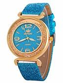 baratos Relógios Femininos-Mulheres Relógio Elegante Relógio de Pulso Quartzo Novo Design Relógio Casual imitação de diamante PU Banda Analógico Casual Fashion Preta / Branco / Azul - Azul Rosa claro Azul Claro Um ano Ciclo de