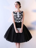 preiswerte Abendkleider-A-Linie Bateau Knie-Länge Tüll Cocktailparty Kleid mit Paillette / Applikationen durch LAN TING Express