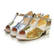 baratos Sapatilhas de Dança-Mulheres Sapatos de Dança Latina Flocagem / Sintético / Cetim Sandália Salto Baixo Não Personalizável Sapatos de Dança Prateado / Dourado
