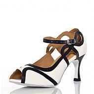 baratos Sapatilhas de Dança-Mulheres Sapatos de Dança Latina / Sapatos de Salsa Cetim / Courino Sandália / Salto Presilha / Vazados Salto Personalizado Personalizável Sapatos de Dança Branco / Vermelho / Interior / Espetáculo