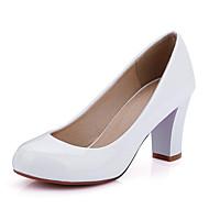 baratos Sapatos de Tamanho Pequeno-Mulheres / Para Meninas Sapatos Couro Envernizado Primavera / Verão Salto Robusto Preto / Vermelho / Amêndoa / Social