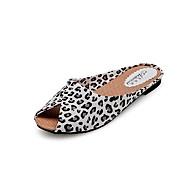 tanie Obuwie damskie-Damskie Obuwie PU Wiosna Lato Comfort Płaski obcas Z dziurką na Casual White Black Golden Leopard