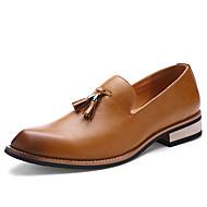baratos Sapatos de Tamanho Pequeno-Homens Sapatos formais Couro Envernizado Outono / Inverno Mocassins e Slip-Ons Preto / Marron / Vermelho / Festas & Noite