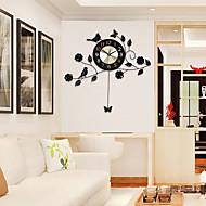 Moderne / Nutidig Huse Wall Clock,Andre Aluminium / Metall 60*58cm Innendørs Klokke