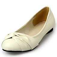 baratos Sapatos de Tamanho Pequeno-Mulheres Courino Primavera / Verão / Outono Rasos Sem Salto Ponta Redonda Amarelo / Azul / Rosa claro / Festas & Noite