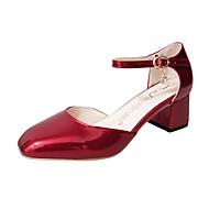 baratos Sapatos Femininos-Mulheres Sapatos Couro Envernizado Primavera Conforto Mocassins e Slip-Ons Caminhada Salto Robusto / Salto de bloco Ponta quadrada Presilha Preto / Cinzento Escuro / Vermelho