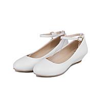 Dame Flate sko Komfort PU Sommer Avslappet Formell Komfort Spenne Lav hæl Hvit Svart Rød Rosa 2,5 - 4,5 cm