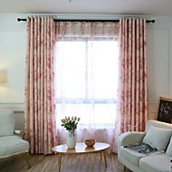 To paneler Window Treatment Rustikk , Blomsternål i krystall Soverom Polyester Materiale gardiner gardiner Hjem Dekor For Vindu
