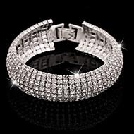 Pentru femei Cristal Brățări Bangle Bratari de tenis Diamante Artificiale praf de stele femei Manşetă Lux De Bază Elegant Brățări Bijuterii Argintiu / Auriu Pentru Nuntă Party / Seara Zilnic Casual