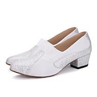 baratos Sapatilhas de Dança-Mulheres Sapatos de Dança Moderna Tricô / Gliter Salto Lantejoula Salto Cubano Sapatos de Dança Preto / Vermelho / Branco / Prata