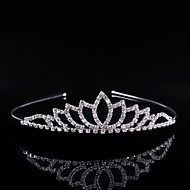 Kristal Umjetno drago kamenje Legura tijare Trake za kosu 1 Vjenčanje Special Occasion Zabava / večer Glava