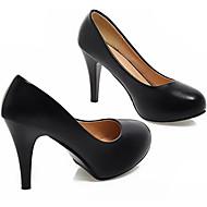 Feminino Sapatos Couro Ecológico Primavera Outono Conforto Saltos Para Casual Branco Preto Roxo Azul Rosa claro