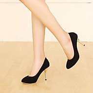Női Cipő PU Nyár Kényelmes Magassarkúak Stiletto Erősített lábujj Kompatibilitás Hétköznapi Fekete Barna Piros