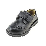 baratos Sapatos de Menino-Para Meninos Sapatos Couro Primavera Verão Conforto Rasos Velcro para Preto / Branco / Preto