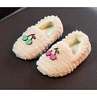 tanie Obuwie dziewczęce-Dla dziewczynek Buty Polar Jesień Zima Comfort Klapki i japonki na Casual White Black Różowy