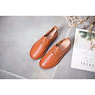 baratos Sapatos Femininos-Mulheres Sapatos Pele Primavera / Outono Conforto Oxfords Sem Salto Preto / Amêndoa / Castanho Claro