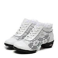 baratos Sapatilhas de Dança-Mulheres Tênis de Dança / Dança de Salão Renda / Couro Têni / Meia Solas Cadarço Salto Baixo Não Personalizável Sapatos de Dança Preto / Branco