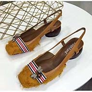 baratos Sapatos Femininos-Mulheres Sapatos Pele Napa Verão Conforto Sandálias Salto Robusto Preto / Bege / Castanho Claro