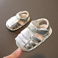 baratos Sapatos de Menina-Para Meninas Sapatos Pele Verão Primeiros Passos Sandálias Mocassim / Velcro para Bebê Dourado / Prateado