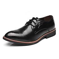 baratos Sapatos Masculinos-Homens Sapatos formais Couro Ecológico Outono Oxfords Preto / Amarelo / Vinho