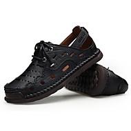 tanie Obuwie męskie-Męskie Skórzany Lato Comfort Sandały Black / Khaki