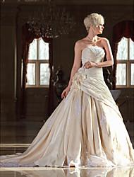 Linea-A Senza bretelline Strascico da cattedrale Di pizzo Taffetà Vestito da sposa con Perline Con applique Floreale di LAN TING BRIDE®