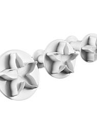 Недорогие -небольшой пять лепестков цветка торт формы и трафаретные формы с плунжером (3 штуки)