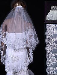 Недорогие -Два слоя Кружевная кромка Свадебные вуали Фата до кончиков пальцев с 31.5 (80 см) Тюль Платье-трапеция, бальное платье, платье-принцесса, платье-чехол, платье-русалка