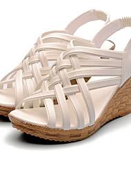 Žene Cipele Umjetna koža Proljeće Ljeto Wedge Heel za Formalne prilike Crna Bijela
