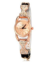 baratos -Mulheres Relógio Casual / Bracele Relógio / Simulado Diamante Relógio imitação de diamante Rosa Folheado a Ouro Banda Elegante Preta / Branco / Roxa