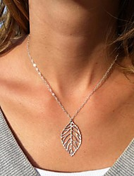 Frauen europäischen Mode Blatt Legierung dünne Halskette (1 PC)