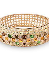 abordables -Mujer Cristal Pulseras de puño - Chapado en oro 18K, Diamante Sintético Lujo, Casual, Estilo lindo Pulseras y Brazaletes Amarillo / Arco iris Para Diario