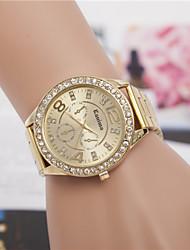 abordables -Mujer Reloj de Pulsera La imitación de diamante Aleación Banda Encanto / Vintage / Moda Plata / Dorado / Oro Rosa