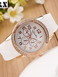 cheap -Women's Fashion Silicon Quartz Steel Belt Wrist Watch(Assorted Colors) Cool Watches Unique Watches