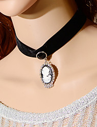 Vintage Beauty Head Ribbon Necklace