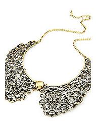 economico -bronzo di stile dell'annata della collana del collare di figura choker del fiore metallico cavo