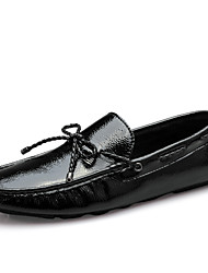 Men's Flats Spring Summer Fall Winter Comfort Cowhide Outdoor Party & Evening Casual Flat Heel Bowknot Black White