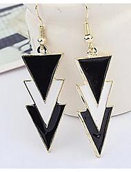 Недорогие -европейский треугольник золотой сплав серьги стальной классический женский стиль